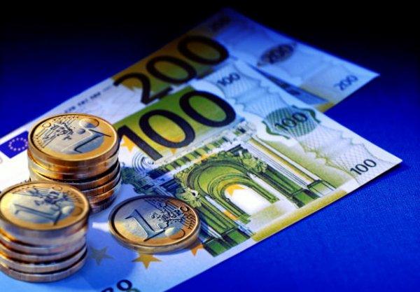 Когда в товарищах согласья нет страдает евро